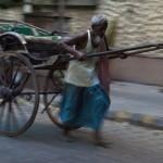 インドからリキシャが消えてなくなる日