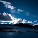 標高4000mを行くチベットの「天空バス」から見えた風景