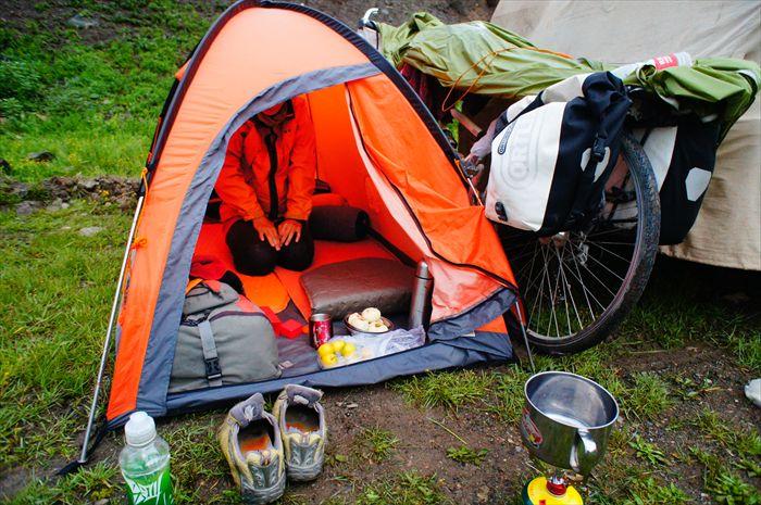 世界中でテントを張りまくった ...