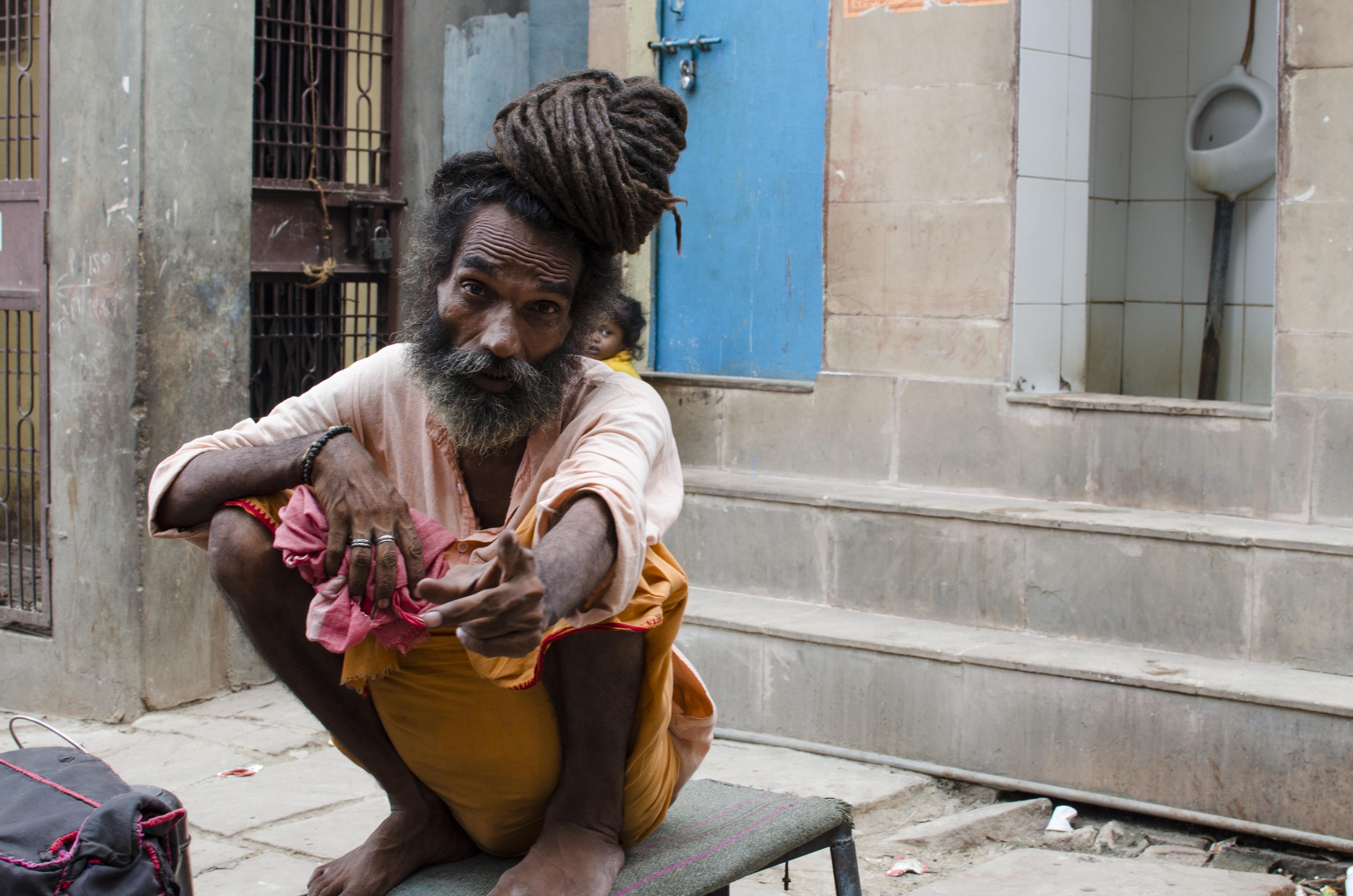 インドのサドゥー]まるで仙人の...