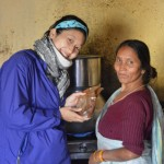 インドの孤児に味噌カレーを作ってみた