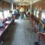 ヤンゴン環状線に乗ってみた。1周45kmで3時間!?