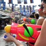 [ソンクラーン・水かけ祭り]タイの狂気のお祭りに行ってきた