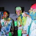 カラーパーティーでスタート!代々木でラテンアメリカストリート2014開催