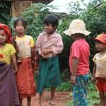 【寄稿】ミャンマーの農村部へ薬を配って歩くガイドが同行するトレッキングに参加してきた