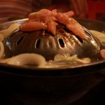 カンボジア(シェムリアップ)では「焼き肉」と「鍋」が同時に楽しめる!