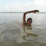 iPhone5を盗まれたので、ガンジス川で厄払いをしてきた