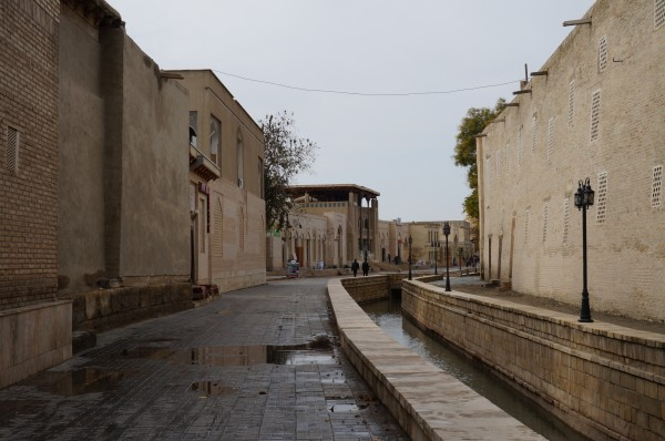 59水路のあるブハラの旧市街