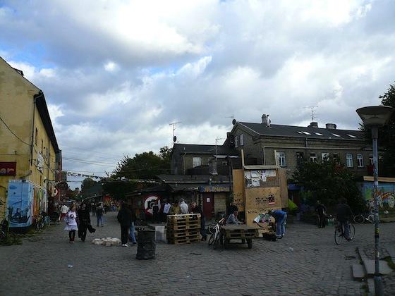 1024px-Christiania_Street のコピー