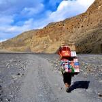 過酷な環境で美しく生きる人々がいる。震災前に出会った6人のネパール人を想う