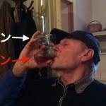 酒好きは刮目せよ!これがグルジアの名物宿「スリコ」の飲みっぷりだ。
