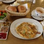 世界中のユダヤ人がレシピを持ち寄った「イスラエルの朝食」が美味くないわけがない