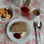 【世界の朝食】ソーダブレッドがポロポロこぼれる理由