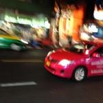 海外のタクシーが自由すぎる