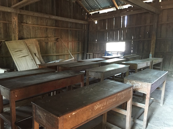 木造の校舎(内観)