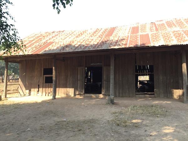 現在の木造の校舎(外観)