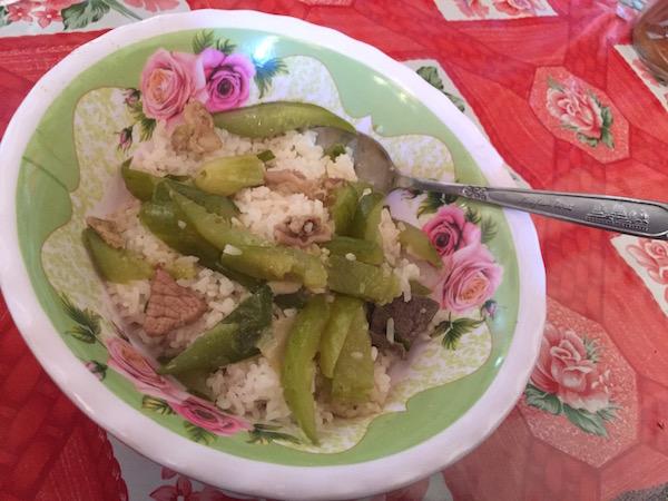 村人が作ったお昼ご飯