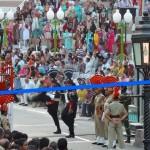 インドとパキスタン国境に毎日8千人の観客が集る理由[フラッグセレモニー]