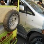 車間距離0m!インドの交通事情にはロックが宿る