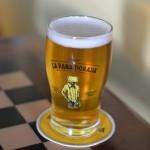 無料でビールが飲める!?パナマの黄金カエルのバー「La Rana Dorada」ならね。