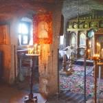 岩の中を掘って作られた岩窟修道院を訪ね、モルドバのオールドオルヘイまで