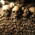 人口200万のパリの地下に600万人分の墓。カタコンブ・ド・パリに行ってきた