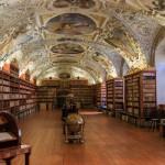 プラハの美しすぎる図書館「ストラホフ修道院」にガッカリした理由