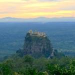 ミャンマー・パガンの隠れ絶景スポット「ポッパ山」に行ってきた