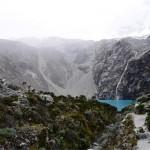 (ペルー・ワラス)高度4500mの青の湖・ラグーナ69を目指して